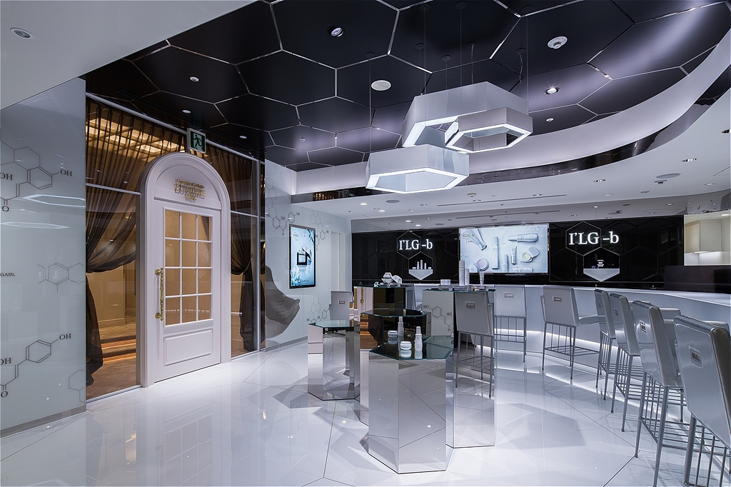 『I'LG-b』『ルミエ・パリ』恵比寿ガーデンプレイスタワー店